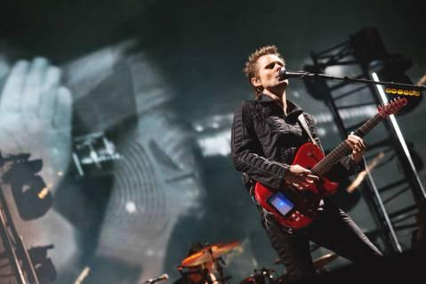 Muse ระเบิดความมันส์บนเวที Bravalla Festival!