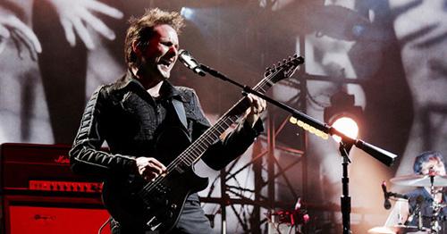 Muse ร่วมระเบิดความมันส์ตีนภูเขาไฟฟูจิ! พิสูจน์การอยู่ร่วมกันของดนตรีและธรรมชาติใน Fuji Rock Festival