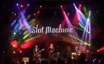 Slot Machine - Spin The World Tour : Singapore
